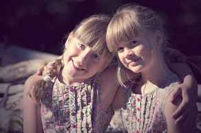 children-girl-brothers-and-sisters-friendship-160504.jpeg